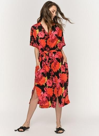 Loves You Çiçek Desenli Düğmeli Saten Görünümlü Elbise Kırmızı